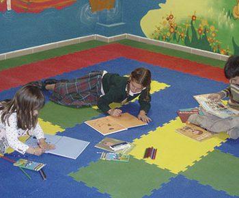 Fabricante de planchas de caucho- pavimento infantil